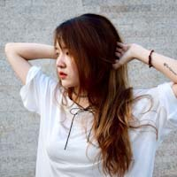 Chị Sally Nguyễn