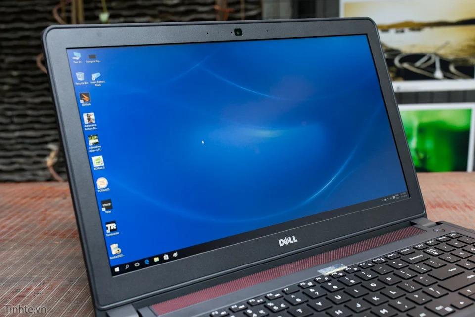 Màn hình Dell Inspiron 7559