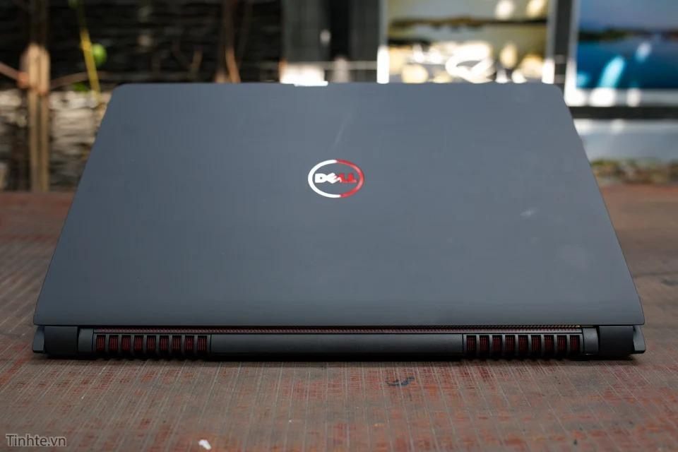 Mặt nắp Dell Inspiron 7559