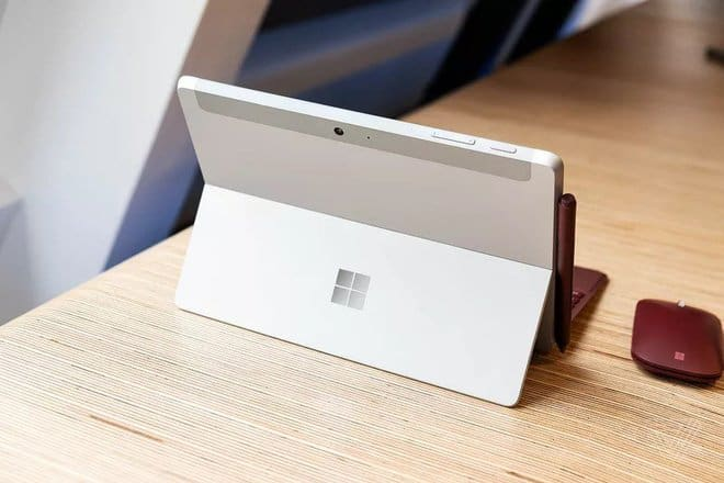 Surface Go 2018