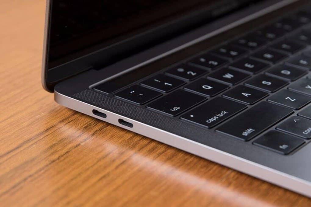 Cổng kết nối Macbook Pro 2019 13 inch