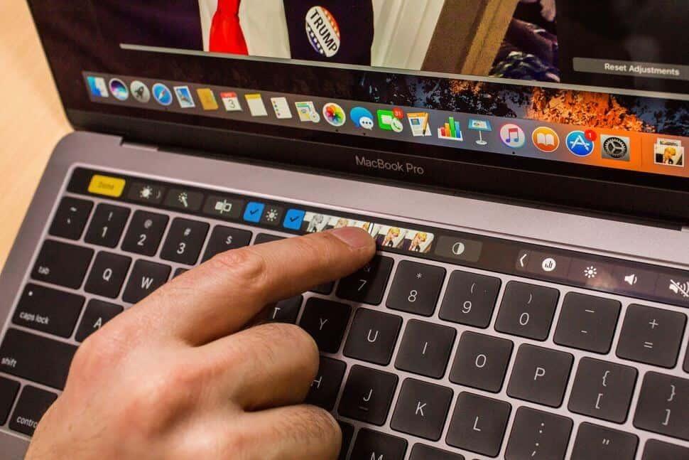 tính năng Touch Bar của MacBook Pro 2019 MUHN2