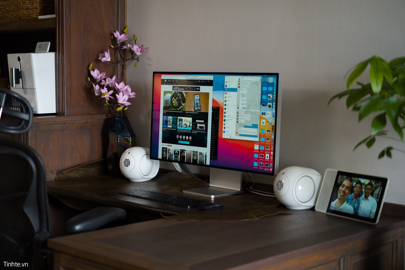 Apple_Pro_Display_XDR-laptopvang.com