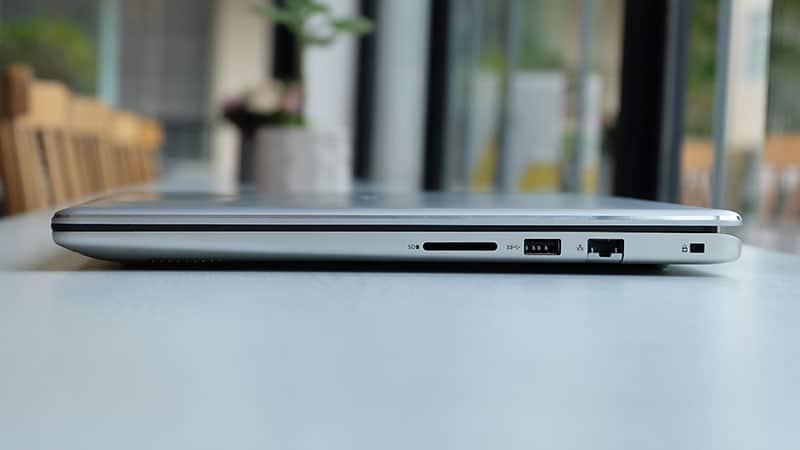 cong-ket-noi-phai-dell-inspirion-7570-laptopvang.com