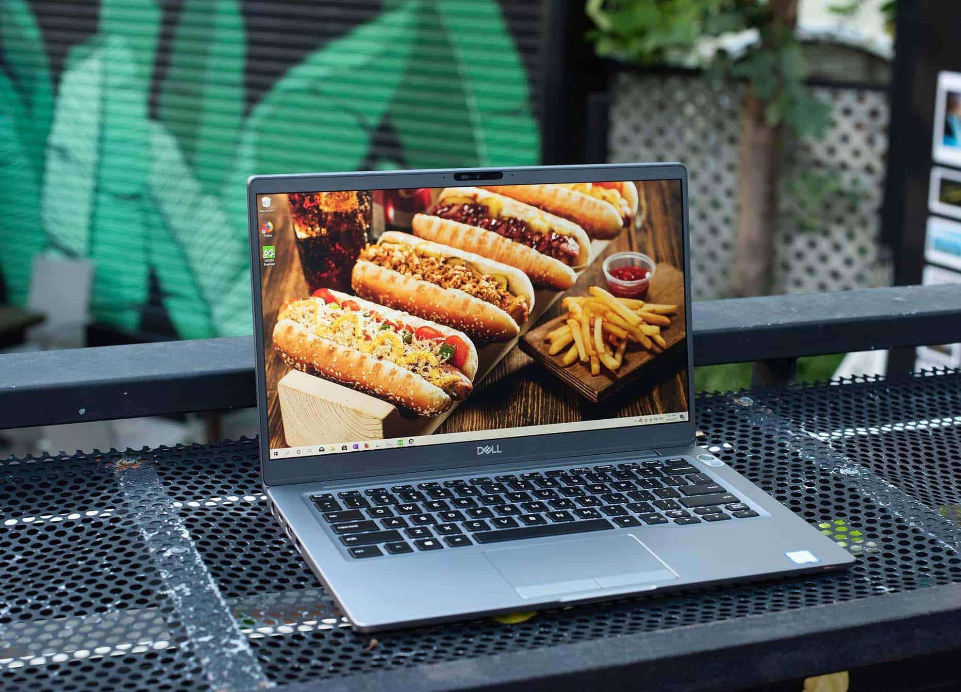 Gia tot Dell Latitude 7400_laptopvang.com