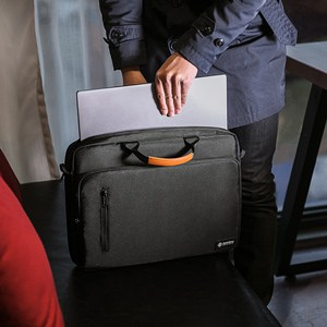 TÚI XÁCH TOMTOC (USA) BRIEFCASE FOR ULTRABOOK 13″ BLACK