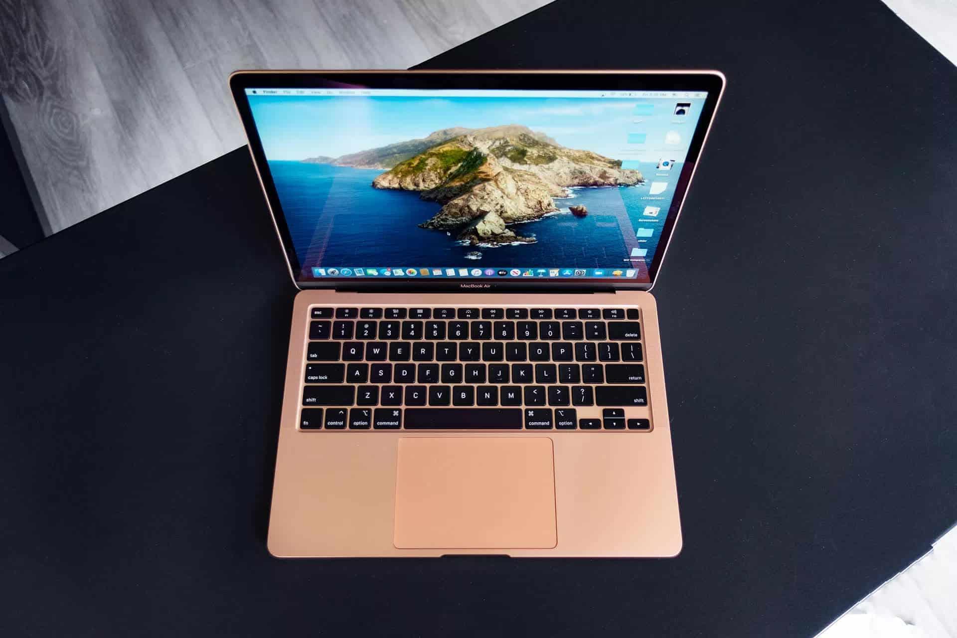 man_hinh_macbook_air_2020_ram_16gb_laptopvang.com