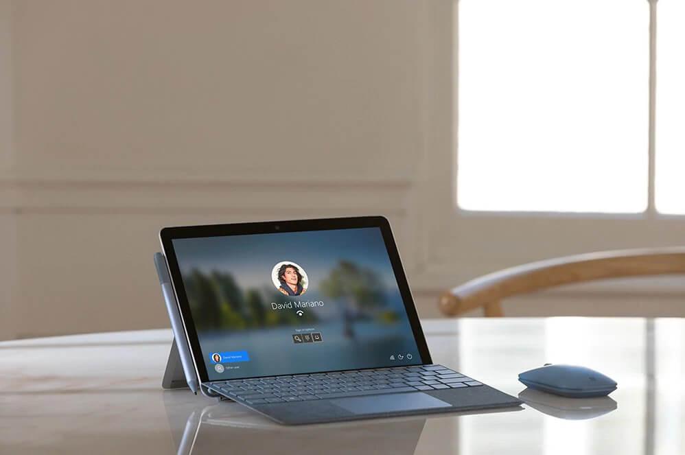 surface_go_2_camera_laptopvang.com