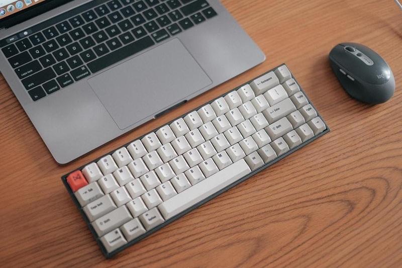 Tương đồng Bàn Phím MacBook và bàn phím Windows