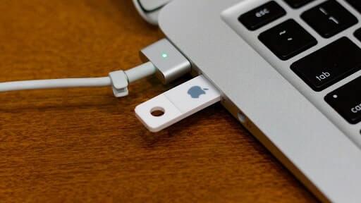lỗi macbook không nhận usb