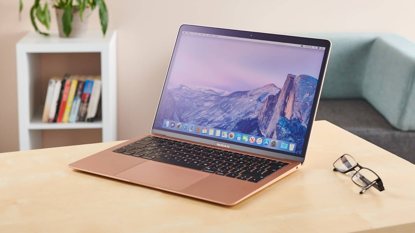 macbook for student