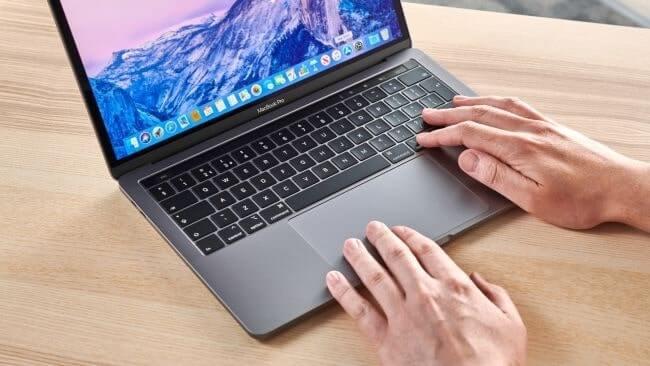 nên chọn surface hay macbook
