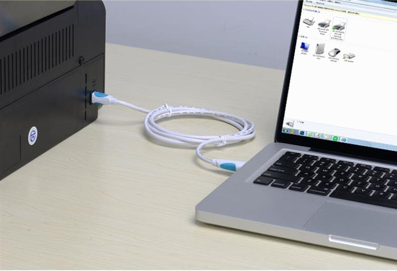 connect laptop to projector