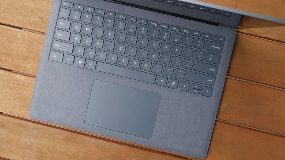 surface_laptop_4_keyboard_laptopvang