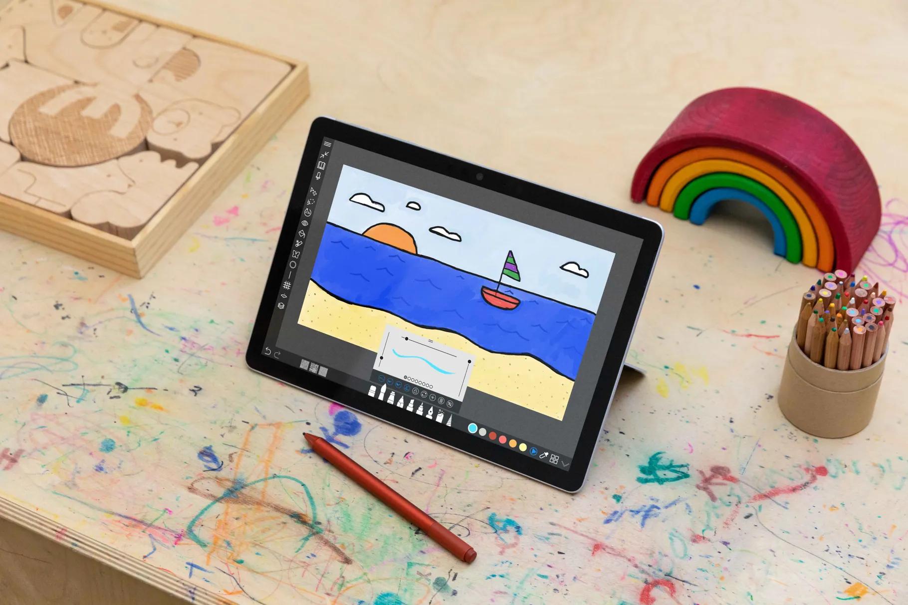 Surface_Go_3_Creating_laptopvang (1)